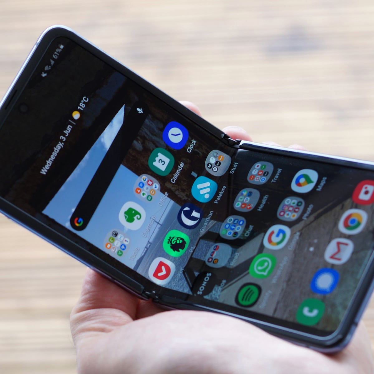 Samsung Galaxy Z Flip review: four months with the folding phone | Samsung  | The Guardian