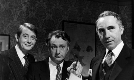 Fowlds with Yes, Minister co-stars Sir Nigel Hawthorne and Paul Eddington.