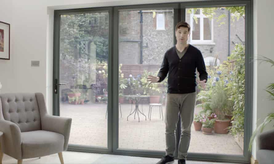 Craig Doyle, the public face of Everest, in one of its TV adverts.