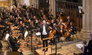 Martin Yates conducts the BBC Concert Orchestra at the opening concert of the English Music festival