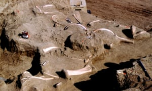 The Diamond Valley Lake excavations – over 100,000 fossils were recovered in the seven years of the project.