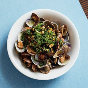 Clams with spring onion oil.
