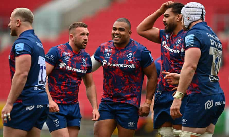 Kyle Sinckler came off the bench to score in the final minute of the game to help Bristol beat Harlequins.