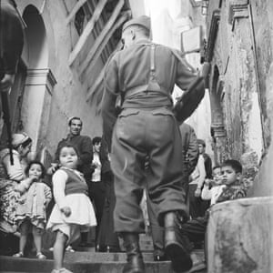 A patrol through the Muslim area of Algiers.
