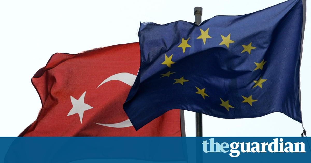 Turkey fails to meet criteria for visa-free EU travel