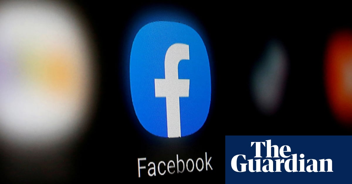 Guardian Australia strikes deal with Facebook to licence news to the platform