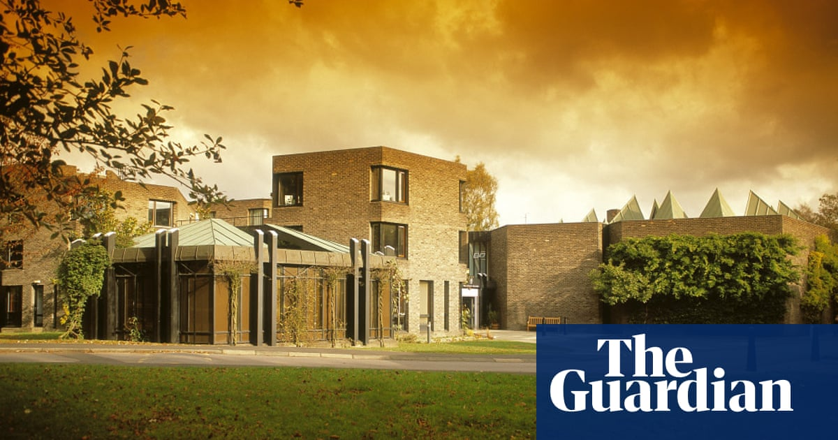 Durham University keeps college head in post despite alleged intimidating conduct
