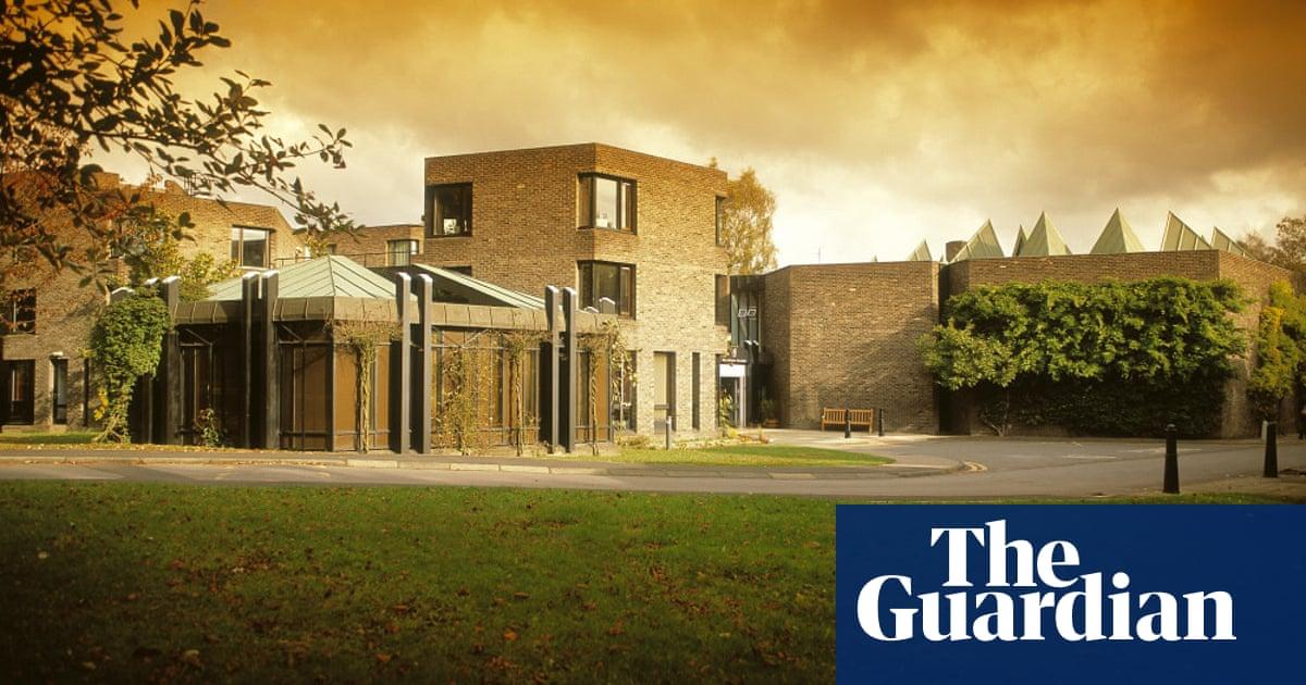 Durham University failing on bullying, staff say
