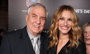 Garry Marshall with Julia Roberts in 2010.