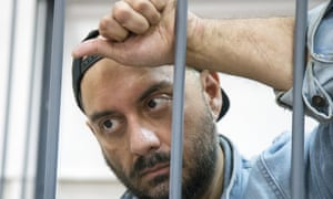 Kirill Serebrennikov waiting for a court hearing in Moscow in 2017.