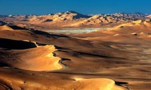 Landscape of Empty Quarter, Rub al Khali Desert, Oman<br>FB4180 Landscape of Empty Quarter, Rub al Khali Desert, Oman