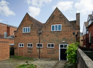 Exterior of the Friends' Meeting House in Hertford now has Grade 1 listing.
