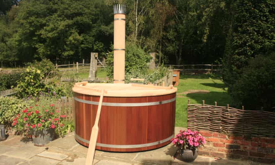 A Forestflame hot tub, as bought by David Cameron.