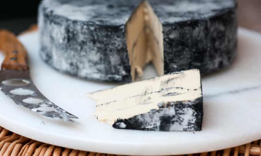 Stilton-like coconut-based cheese.