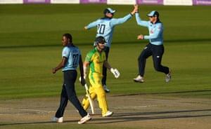 David Warner walks off after being dismissed by Jofra Archer in the second ODI.