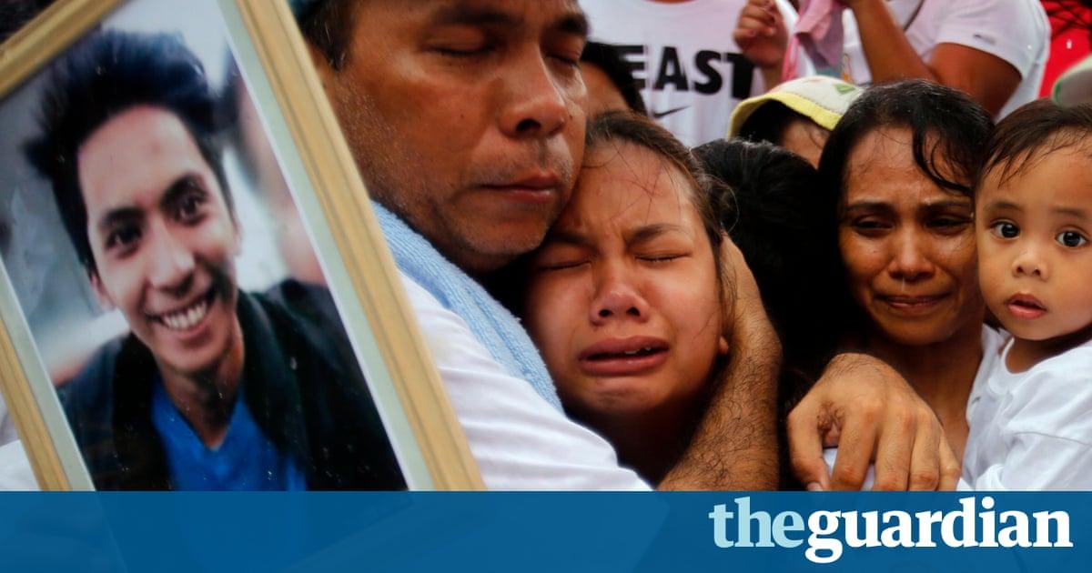 Rodrigo Duterte pulls Philippine police out of brutal war on drugs
