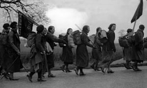 Hunger marchers in Bedfordshire, February 1934; they are en route to a mass protest in London's Hyde Park against the era's high rates of unemployment.