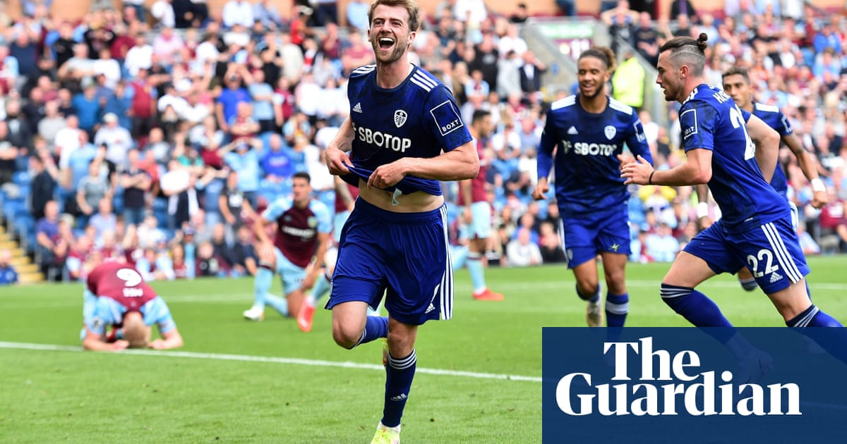 Patrick Bamford rescues late point for Leeds to frustrate Burnley