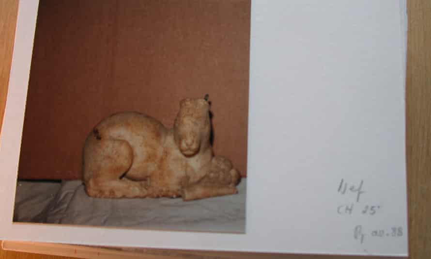 Hare in the Becchina archive, unrestored and with ears broken.
