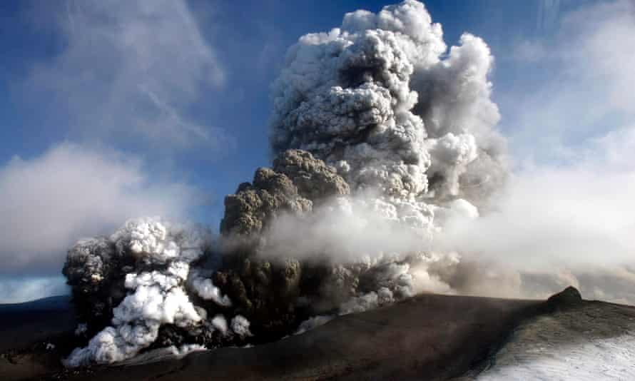 The volcano in southern Iceland's Eyjafjallajokull glacier sends ash into the air