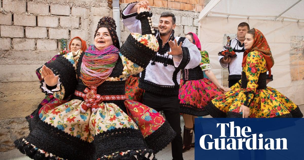 Romanian wedding traditions – a photo essay