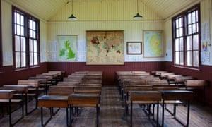 Empty School Classroom at Highland Folk Museum, Visitor Attraction, Newtonmore, Speyside, Scotland, UKBKC86G Empty School Classroom at Highland Folk Museum, Visitor Attraction, Newtonmore, Speyside, Scotland, UK