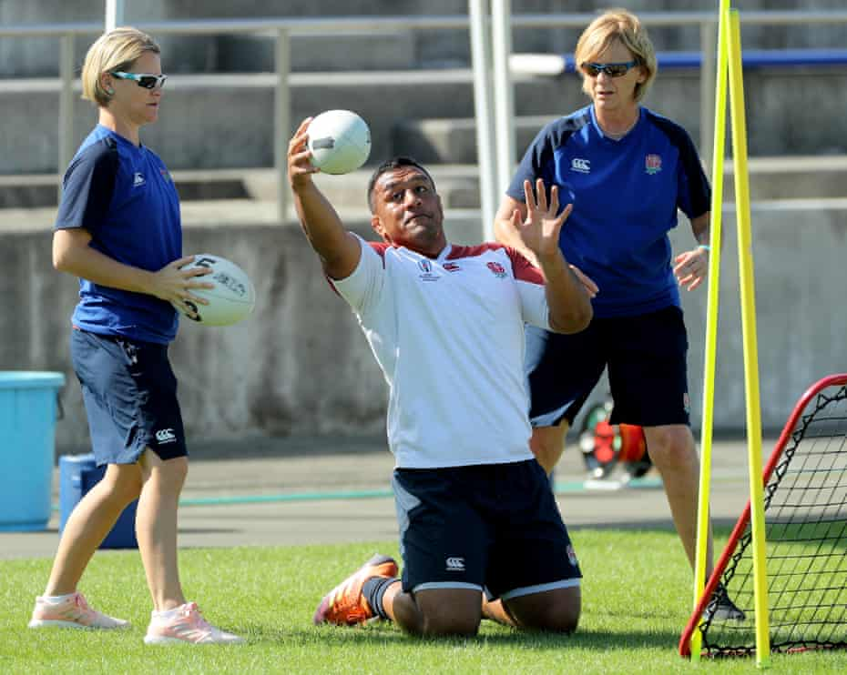 Mako Vunipola works on his reactions with Sherylle Calder (right) and colleague Christi Botha during England training.