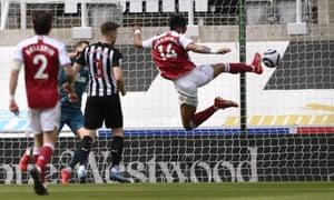 Pierre-Emerick Aubameyang scores Arsenal's second goal.