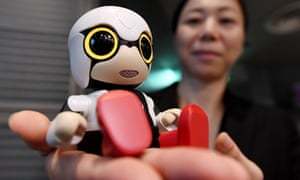 The Kirobo Mini is equipped with artificial intelligence and a built-in camera so it can recognise the face of the person speaking.