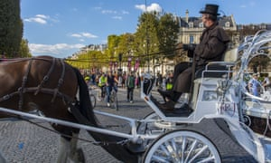 Horse-drawn carriage on the streets of PAris
