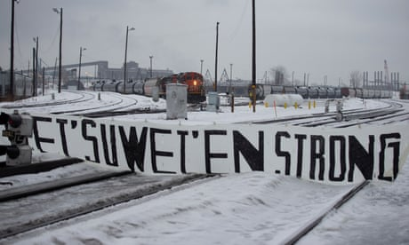 Canada: Wet'suwet'en sign historic deal to negotiate land rights