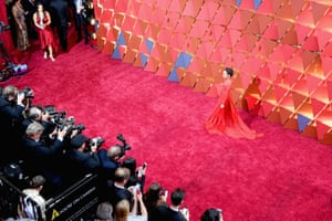 Actor Ruth Negga faces the photographer pen on the red carpet