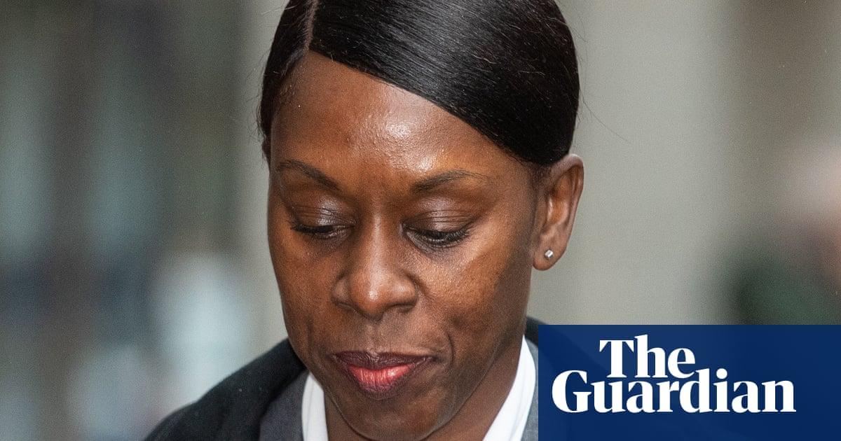Met police seek judicial review over senior black officer's reinstatement