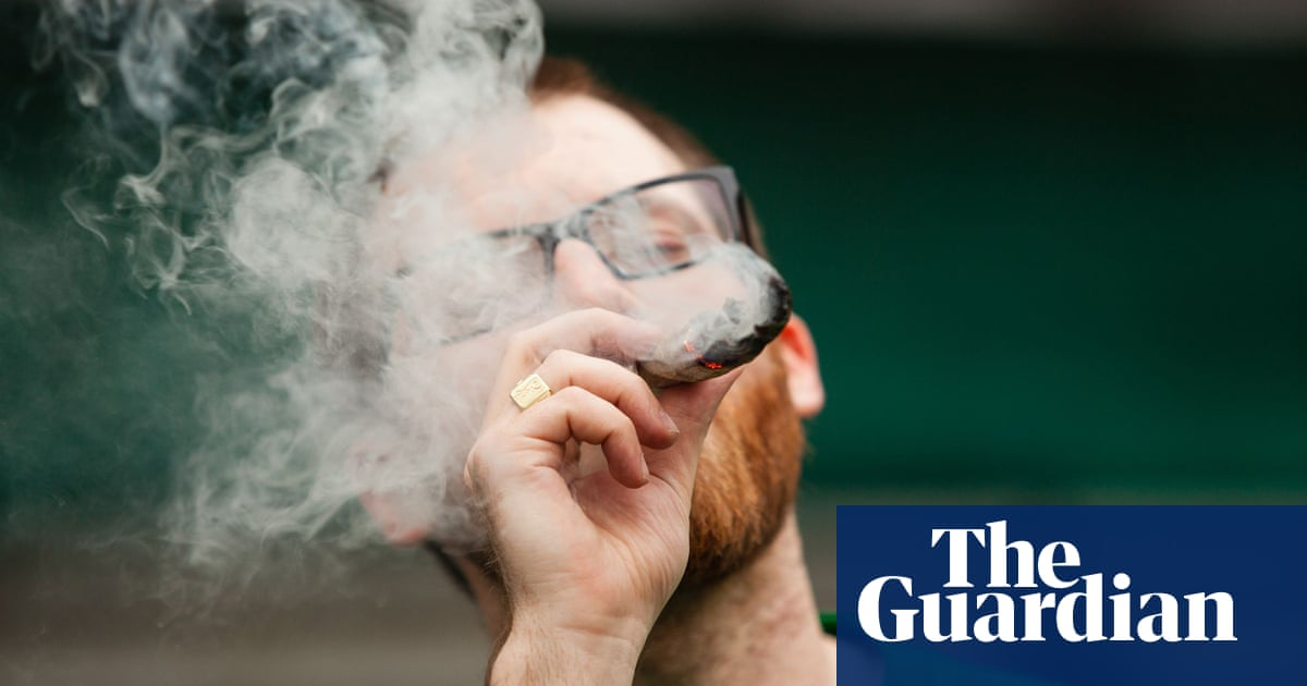 dating sites for cannabis smokers uk