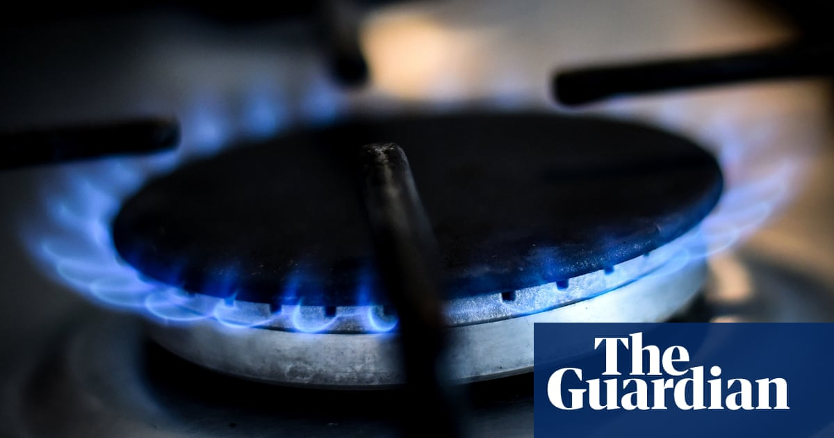Almost 400,000 more UK homes heading for fuel poverty, campaigners say