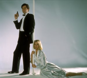 Timothy Dalton and Maryam d'Abo in The Living Daylights, 1987.