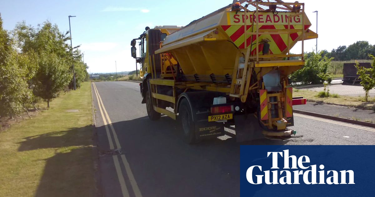 Weatherwatch: protecting UK roads from melting in heatwaves