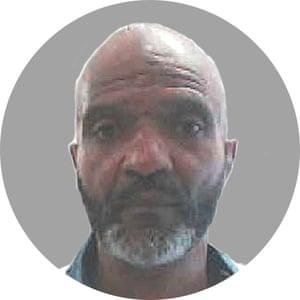 Kamau Sidiki alias Freddie Hilton.