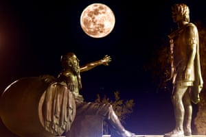 In the moonlight: the statues of Alexander the Great (R) and Diogenes of Sinope (L) in Corinth are illuminated.