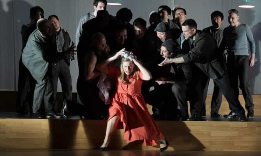 Jennifer Holloway as Grete in Frankfurt Opera's 2019 production of Der Ferne Klang by Schreker
