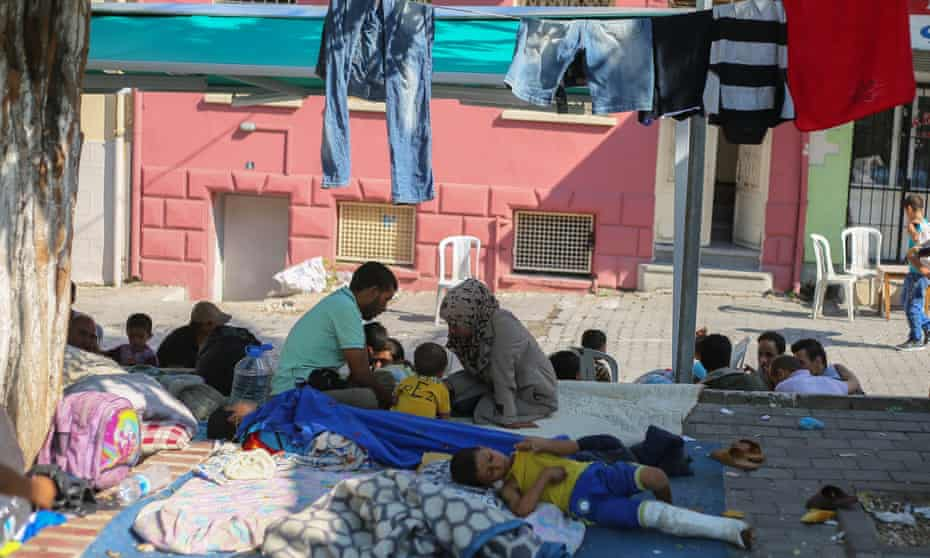 Syrians  in tents at parks and streets in Izmir, Turkey
