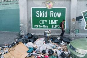 Skid Row, a poor, marginalised neighbourhood of Los Angeles