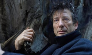 Neil Gaiman, who will take on your questions.