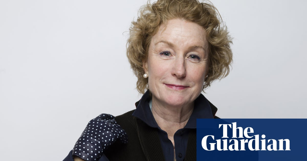 Gone Girl and Cocktail actor Lisa Banes, 65, dies after scooter collision in New York