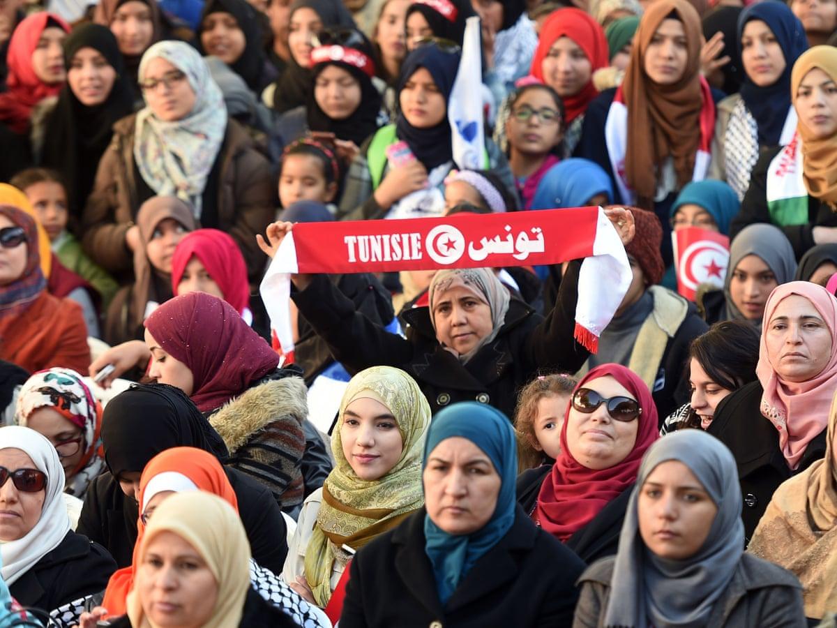 Intalnirea femeii in Tunisia