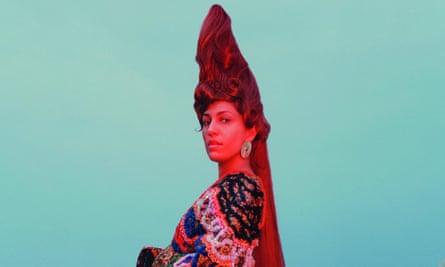 Lafawndah, the Egyptian-Iranian London-based singer-songwriter