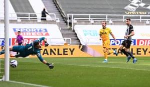 Harry Kane turns it around for Tottenham.