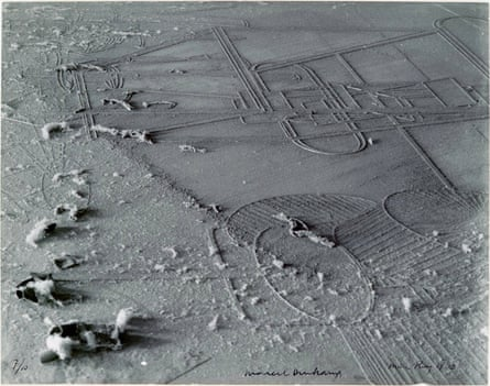 Élevage de poussière (Dust Breeding, 1920) by Man Ray and Marcel Duchamp, showing at Whitechapel Gallery, London.