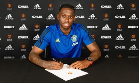 Wan Bissaka Seals Meteoric Rise With 45m Manchester United Move Transfer Window The Guardian