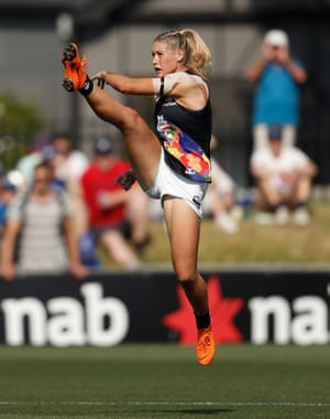 An image that represents the skill and power of the female AFL player in the shape of Tayla Harris. An image that created a storm of online abuse.